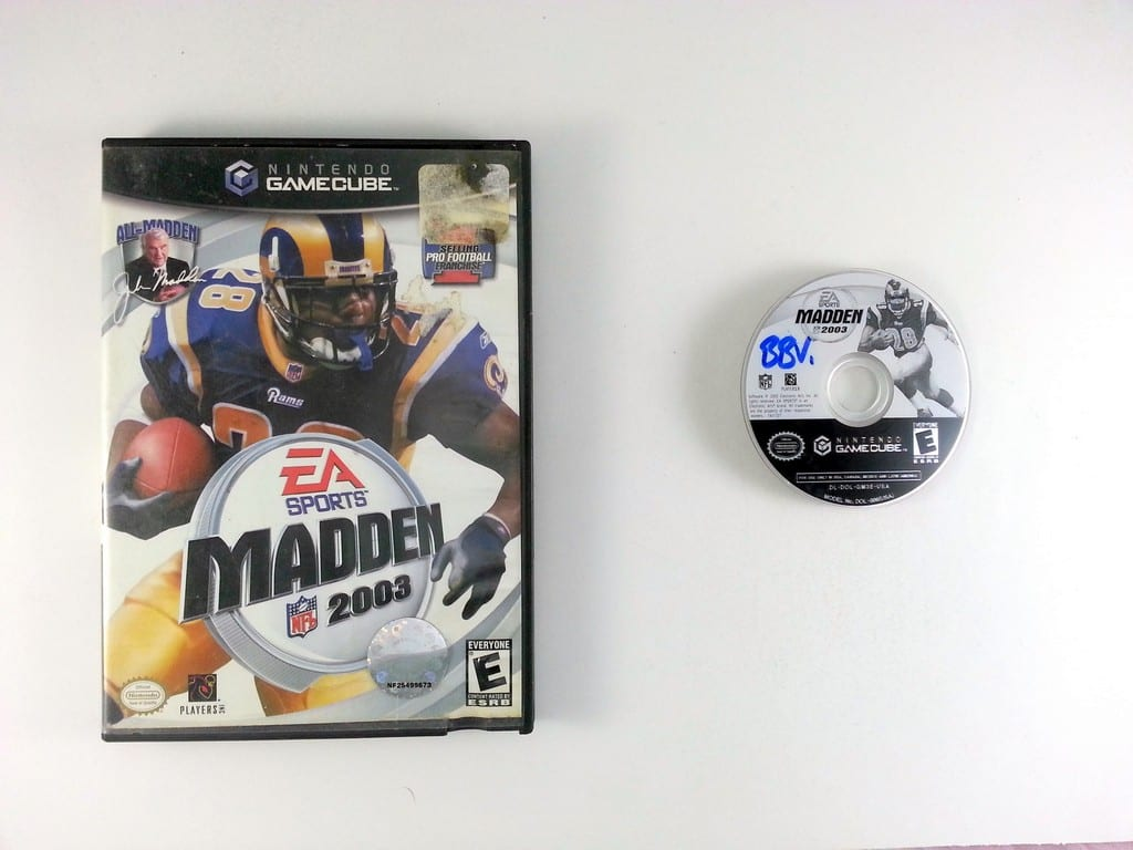 Madden 2003 Football game for Nintendo Gamecube -Game & Case