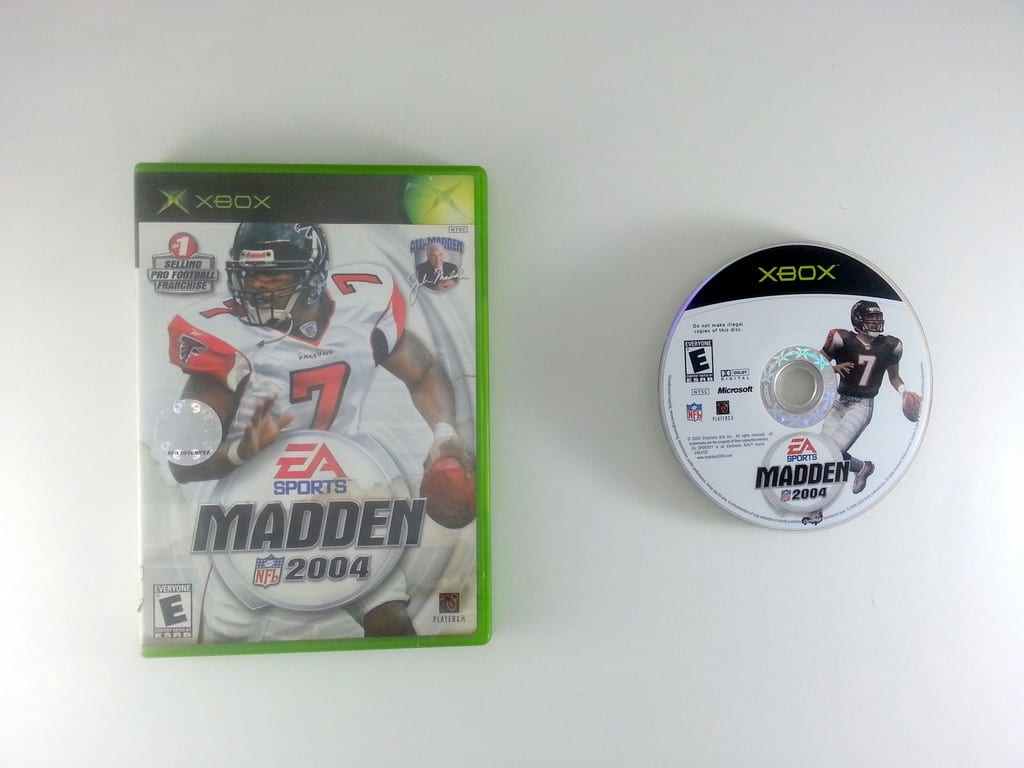 Madden 2004 game for Microsoft Xbox -Game & Case