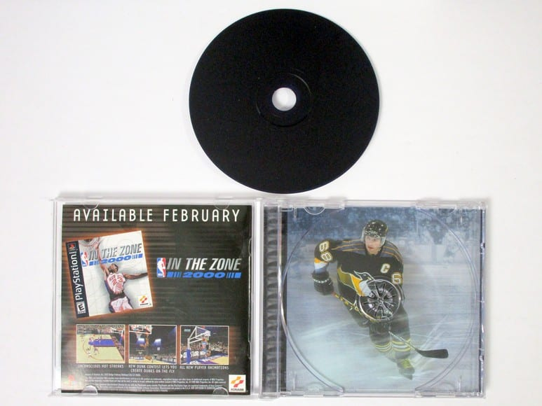 NHL Blades of Steel 2000 game for Playstation (Complete) | The Game Guy