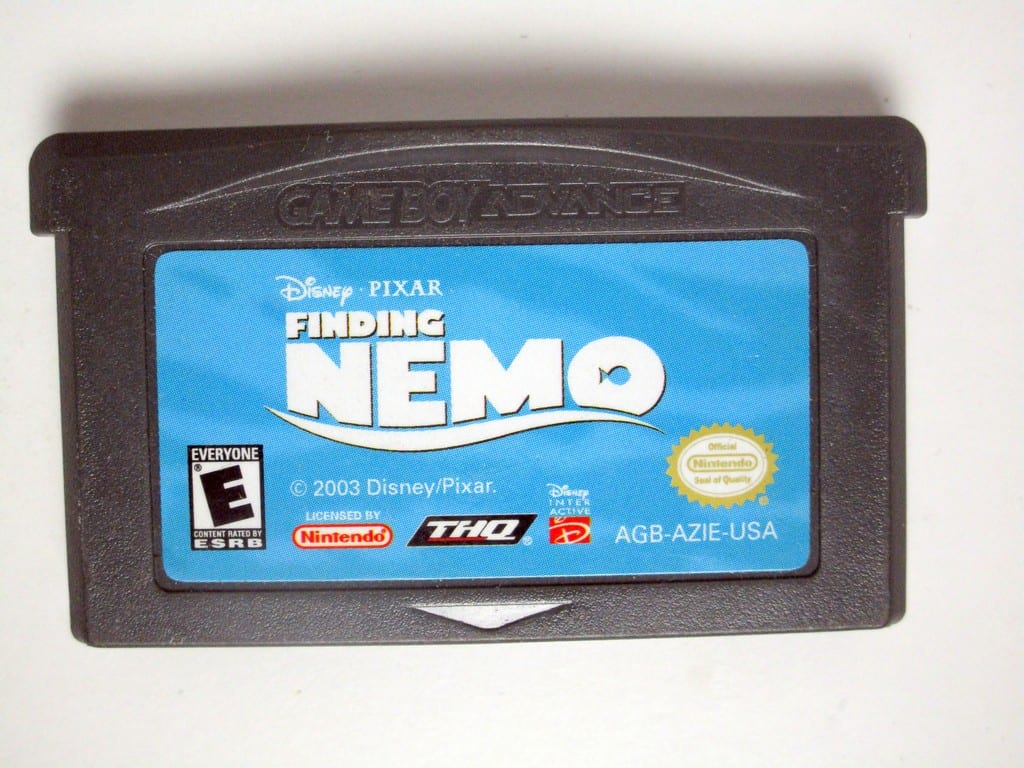 Finding Nemo game for Nintendo Gameboy Advance - Loose